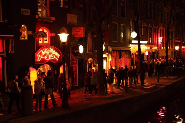 noční ulice.jpg